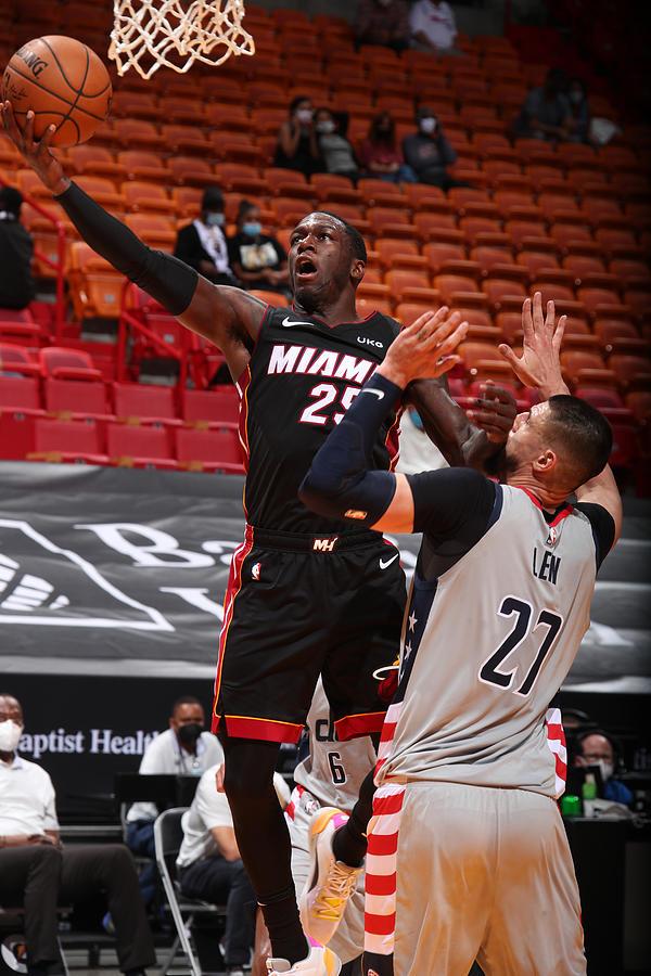 Washington Wizards v Miami Heat Photograph by Issac Baldizon