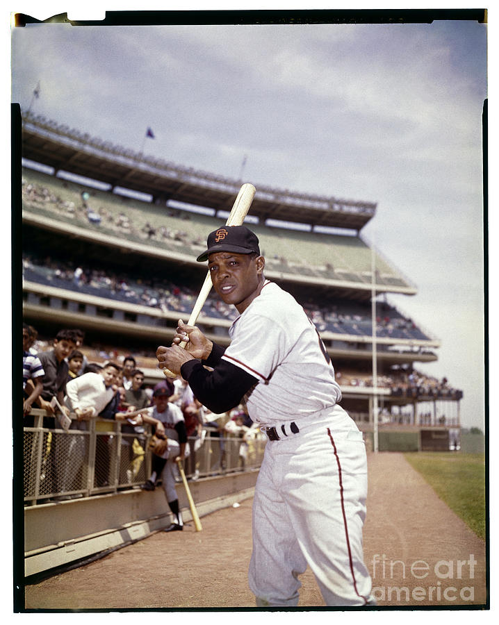 Willie Mays Photograph by Louis Requena