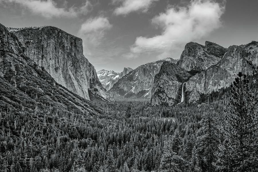 California Photograph - Yosemite Valley by Jim Thompson