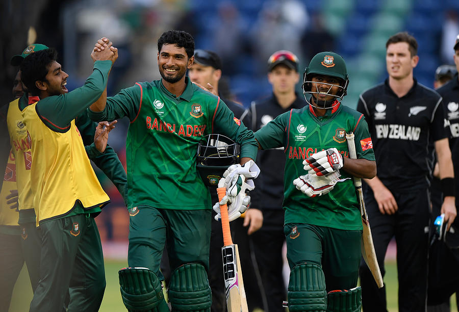 New Zealand v Bangladesh - ICC Champions Trophy Photograph by Stu Forster