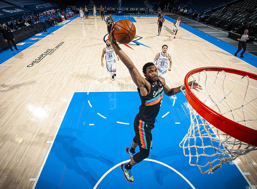 San Antonio Spurs v Oklahoma City Thunder Photograph by Zach Beeker
