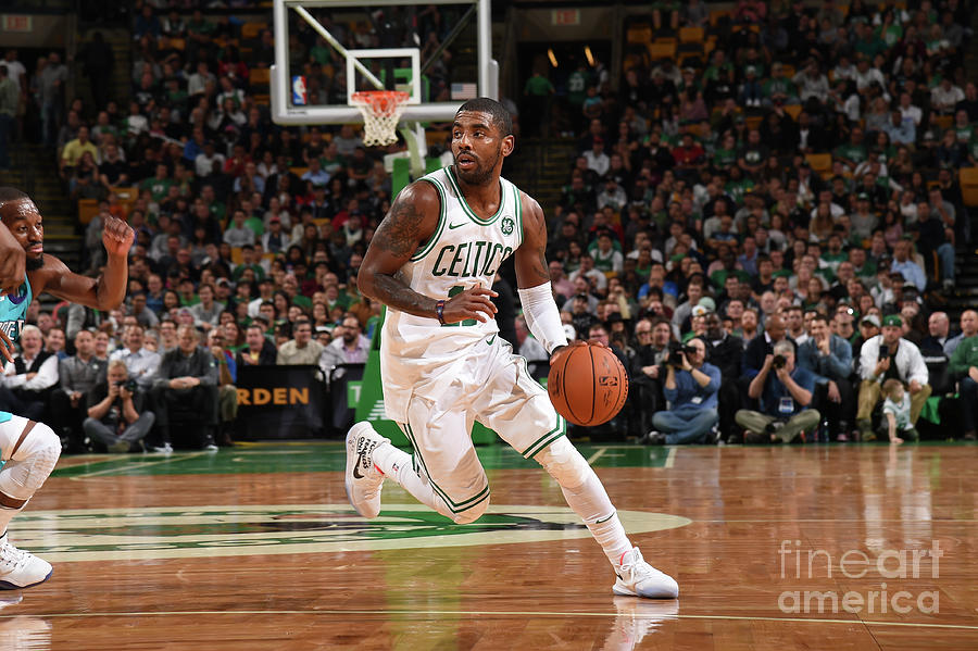 Kyrie Irving Photograph by Brian Babineau