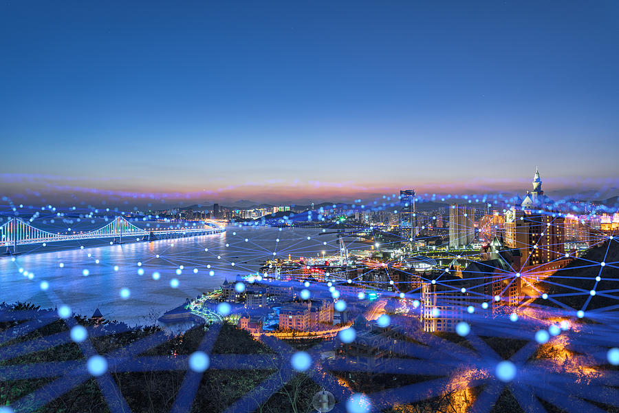 藍色網格線的城市天際線 Photograph by zf L