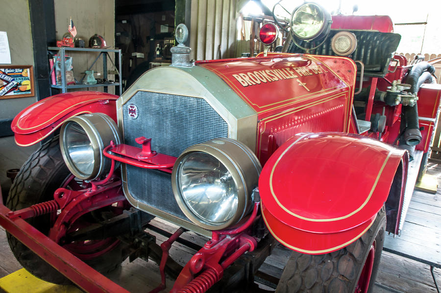 1925 Lafrance From Front Photograph