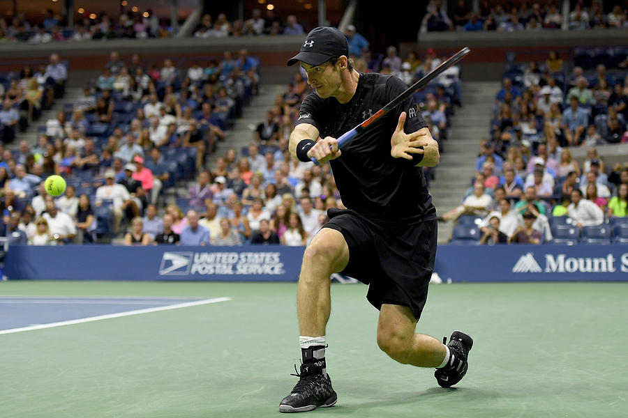 2016 US Open - Day 8 Photograph by Mike Hewitt