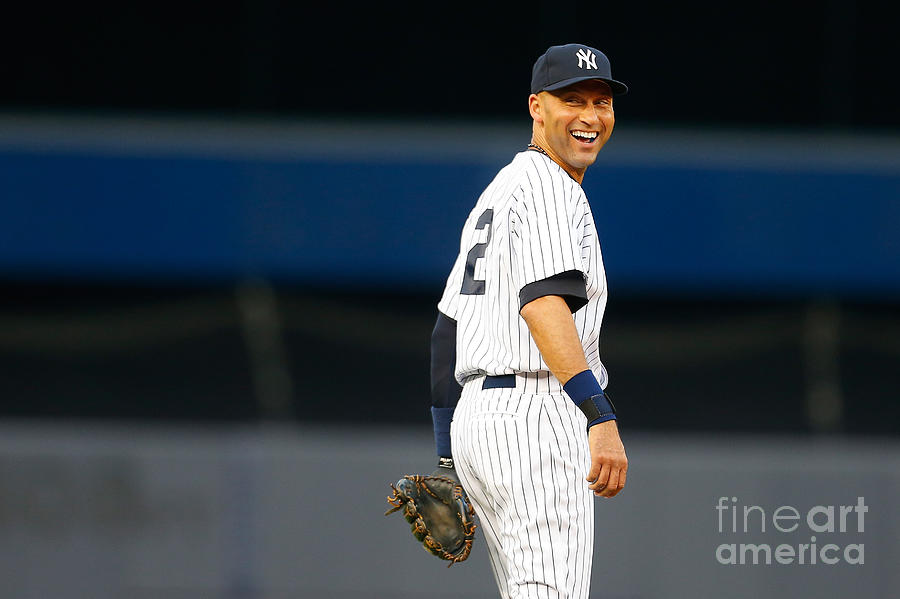Derek Jeter Photograph by Mike Stobe