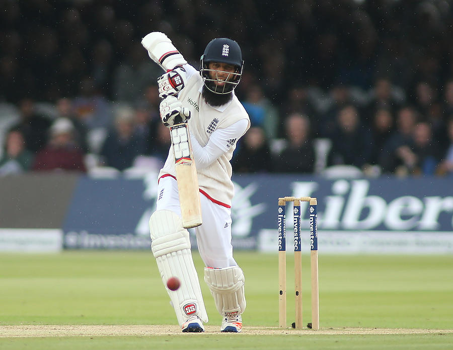 England v Sri Lanka: 3rd Investec Test - Day Four Photograph by Mitchell Gunn