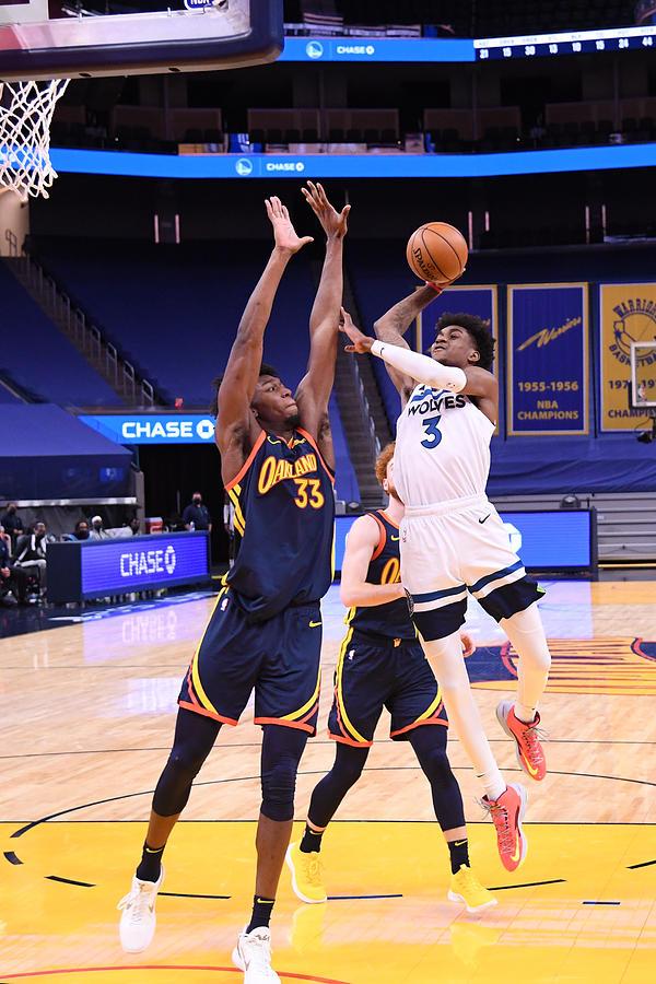 Minnesota Timberwolves v Golden State Warriors Photograph by Noah Graham