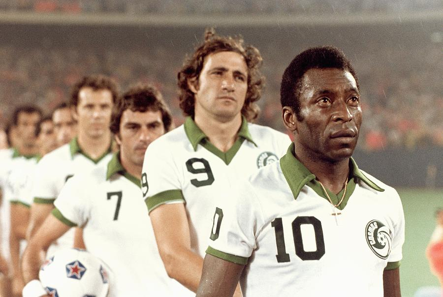 New York Cosmos Photograph by Robert Riger