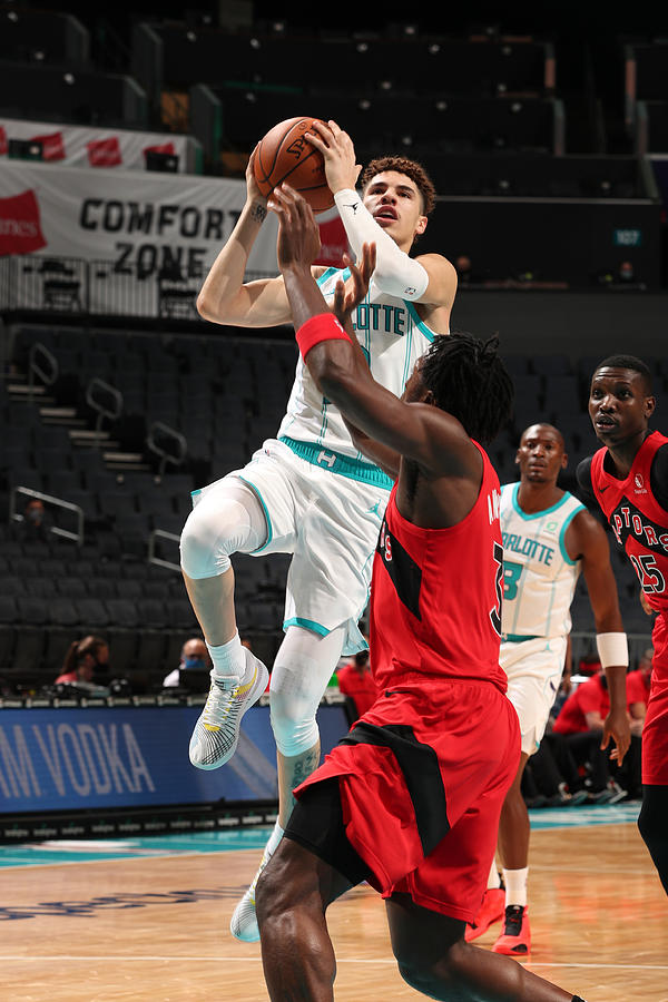 Toronto Raptors v Charlotte Hornets Photograph by Kent Smith