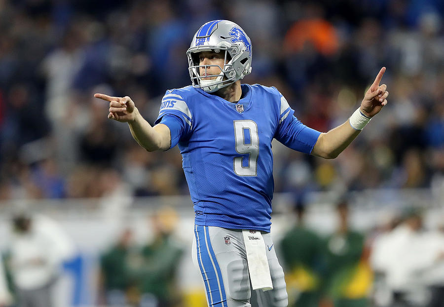 Green Bay Packers v Detroit Lions Photograph by Leon Halip