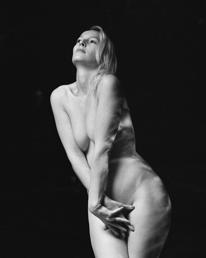 People Photograph - Body Shape and Nature VIII by Marcio Faustino