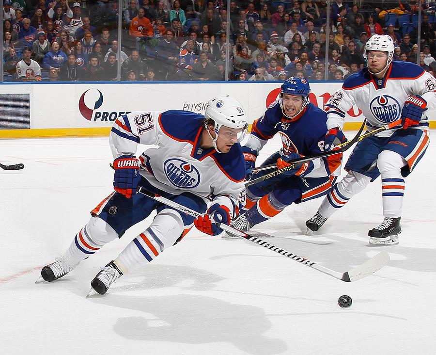 Edmonton Oilers v New York Islanders Photograph by Bruce Bennett