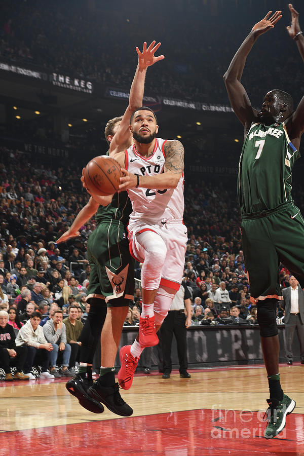 Fred Vanvleet Photograph by Ron Turenne
