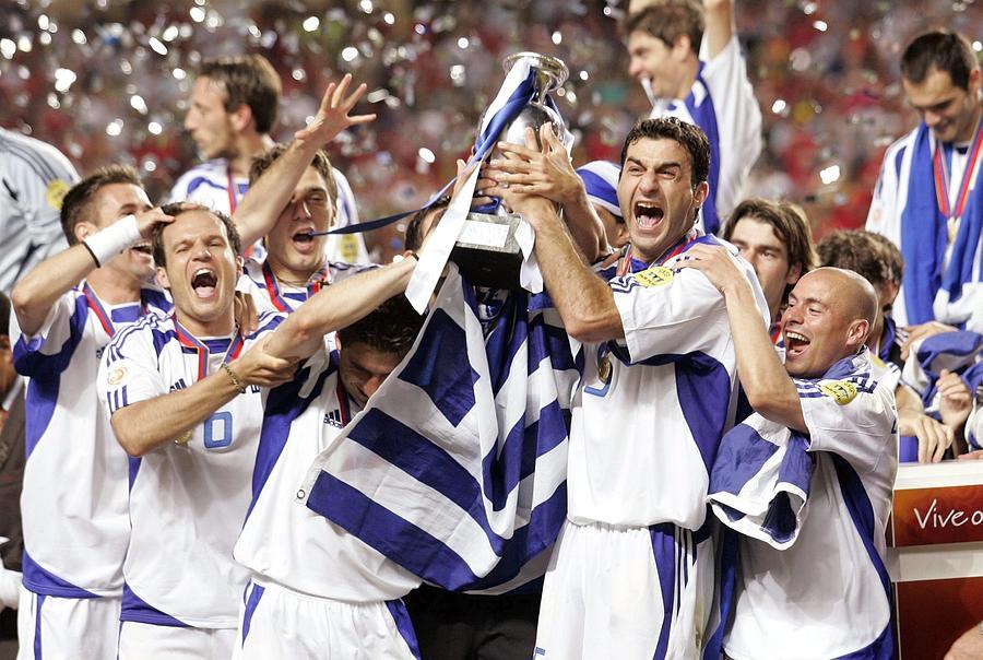 Fussball: EM 2004 in Portugal Finale POR-GRE 0:1 Photograph by Henri Szwarc