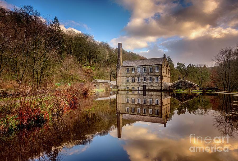 Gibson Mill by Mariusz Talarek