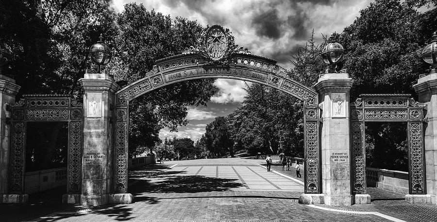 UC Berkeley ranks #1 Americas Best College of 2021   KRON4
