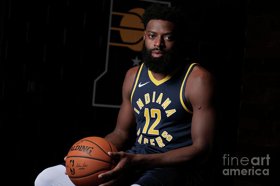 Tyreke Evans Photograph by Ron Hoskins