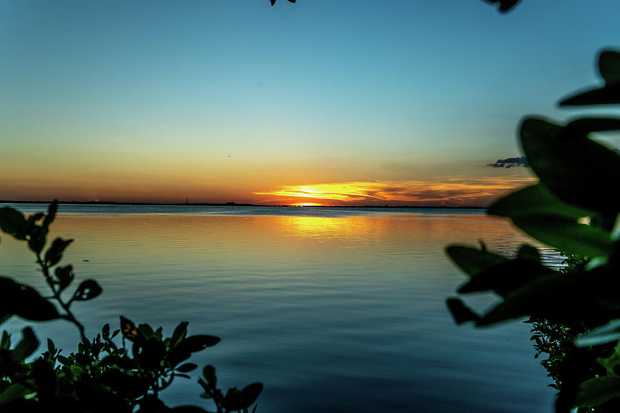 Sky Photograph - A Majestic Sunset by Ric Schafer