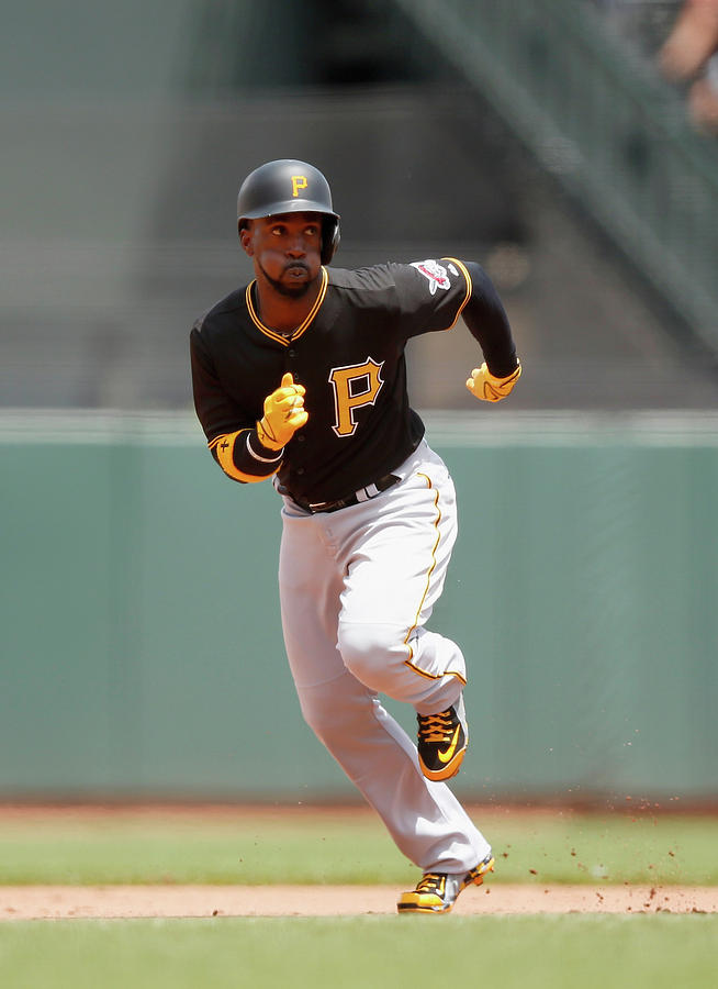 Andrew Mccutchen Photograph by Ezra Shaw