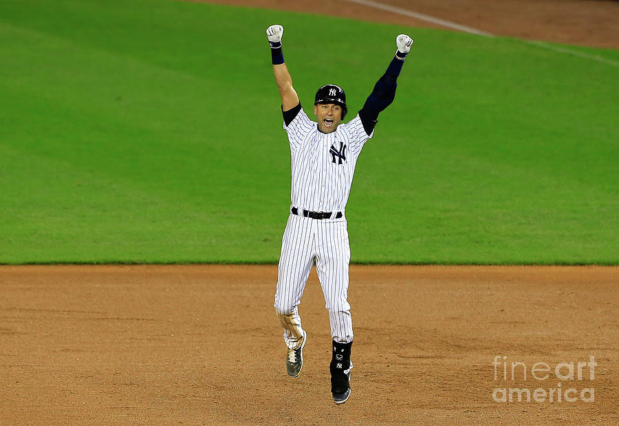 Derek Jeter Photograph by Alex Trautwig