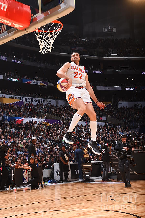 Larry Nance Photograph by Andrew D. Bernstein