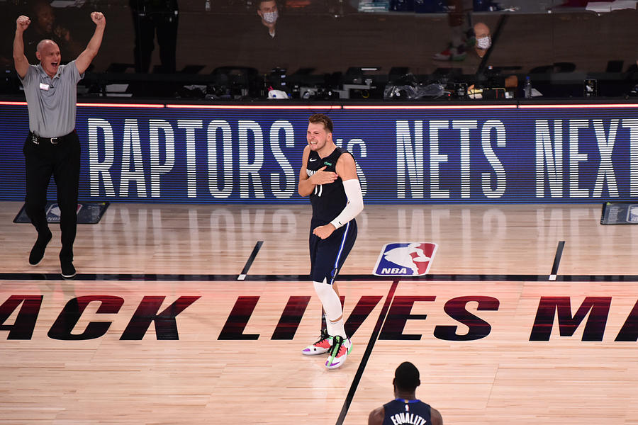Los Angeles Clippers v Dallas Mavericks - Game Four Photograph by David Dow