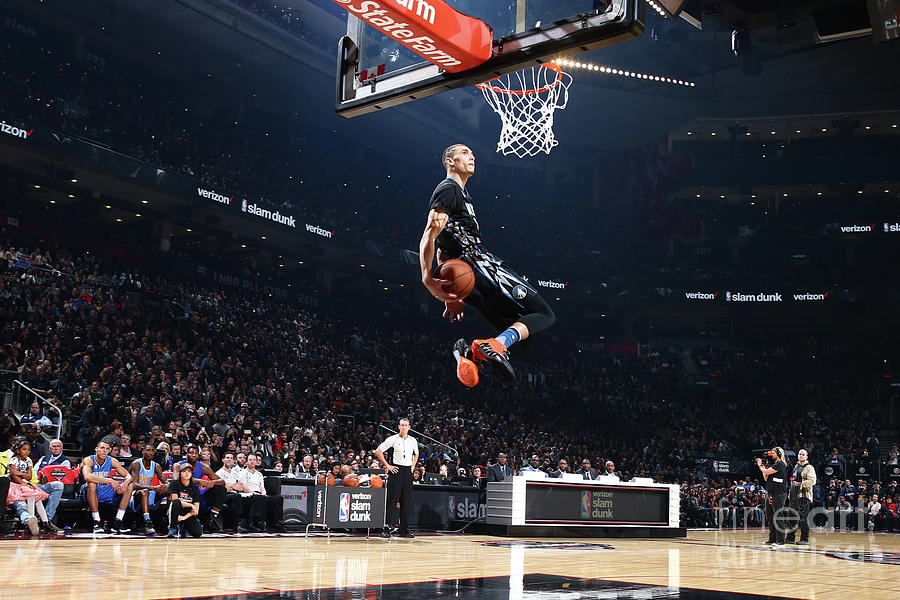 Zach Lavine Photograph by Nathaniel S. Butler