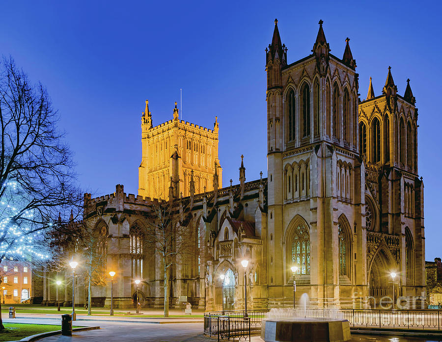 Bristol Cathedral by Colin Rayner