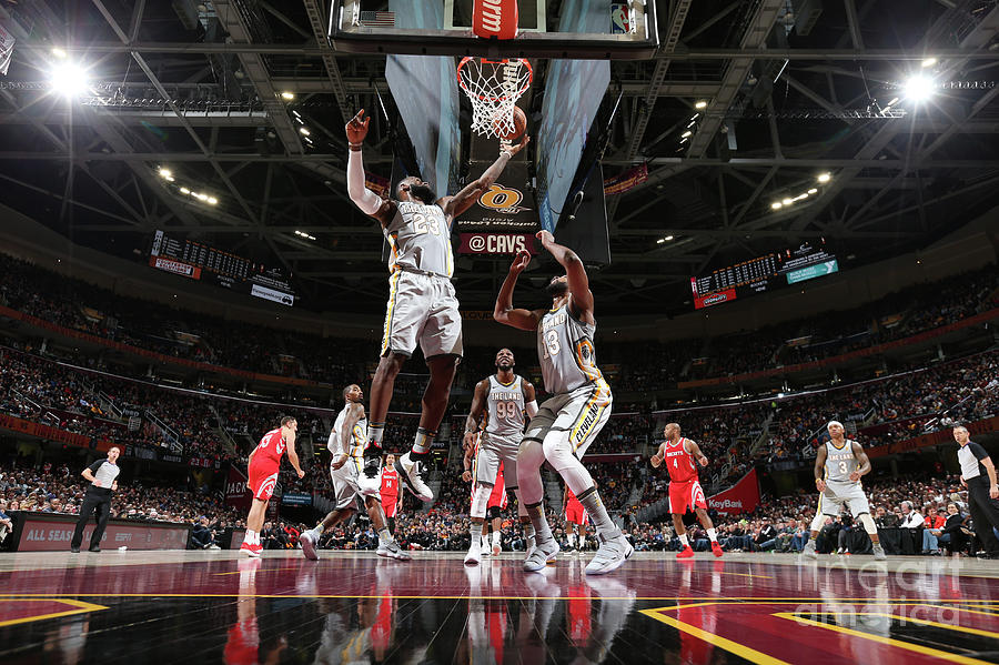 Lebron James Photograph by Joe Murphy