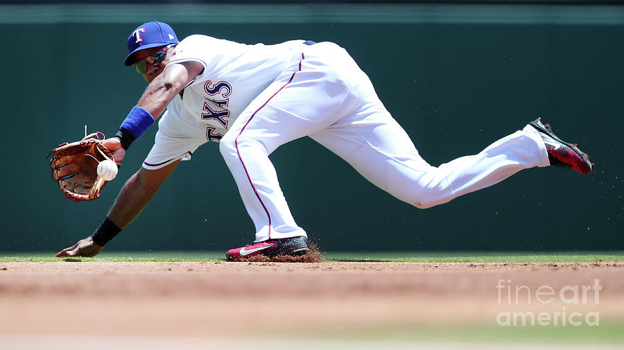 Elvis Andrus Photograph by Tom Pennington