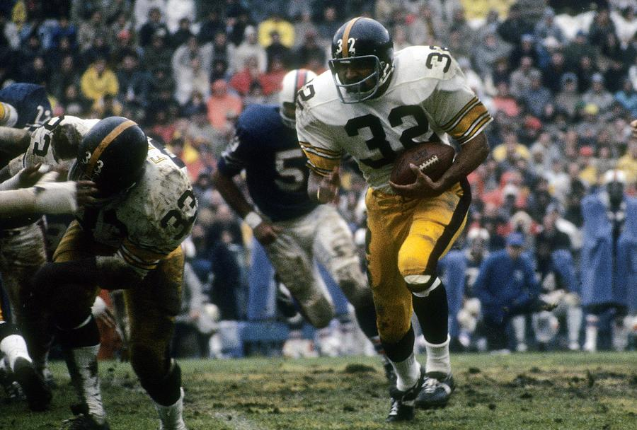 Pittsburgh Steelers v Buffalo Bills Photograph by Focus On Sport