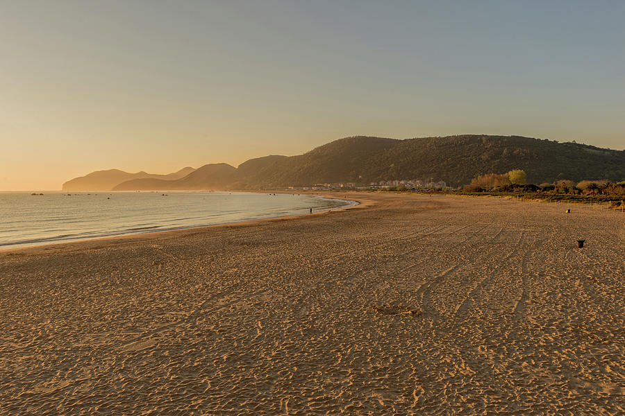 The beach of trengandin in Noja, Cantabria by Vicen Photography