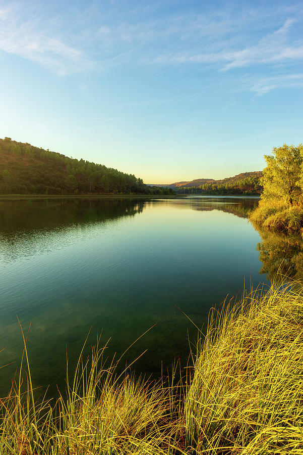 A clear day in the lagoons of Ruidera by Vicen Photography