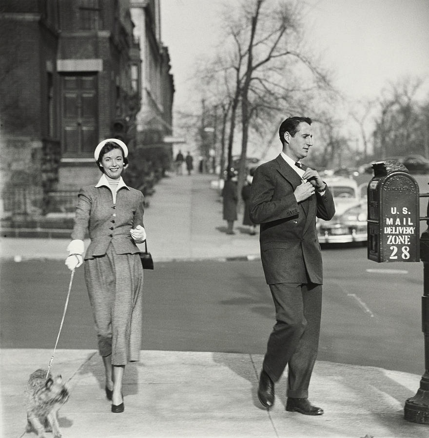 A Couple Mailing A Letter In New York City Photograph by Frances McLaughlin-Gill