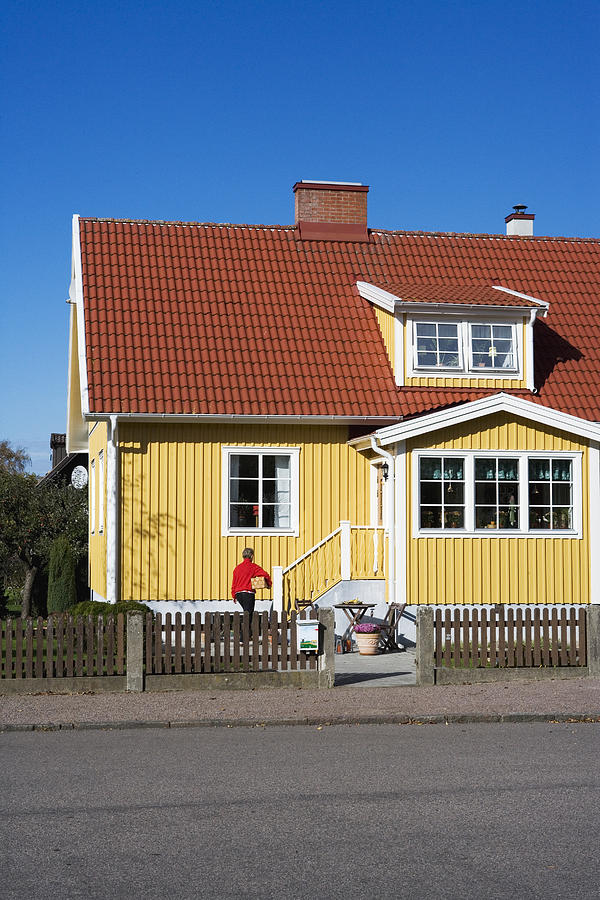 A yellow house Sweden. Photograph by Conny Fridh