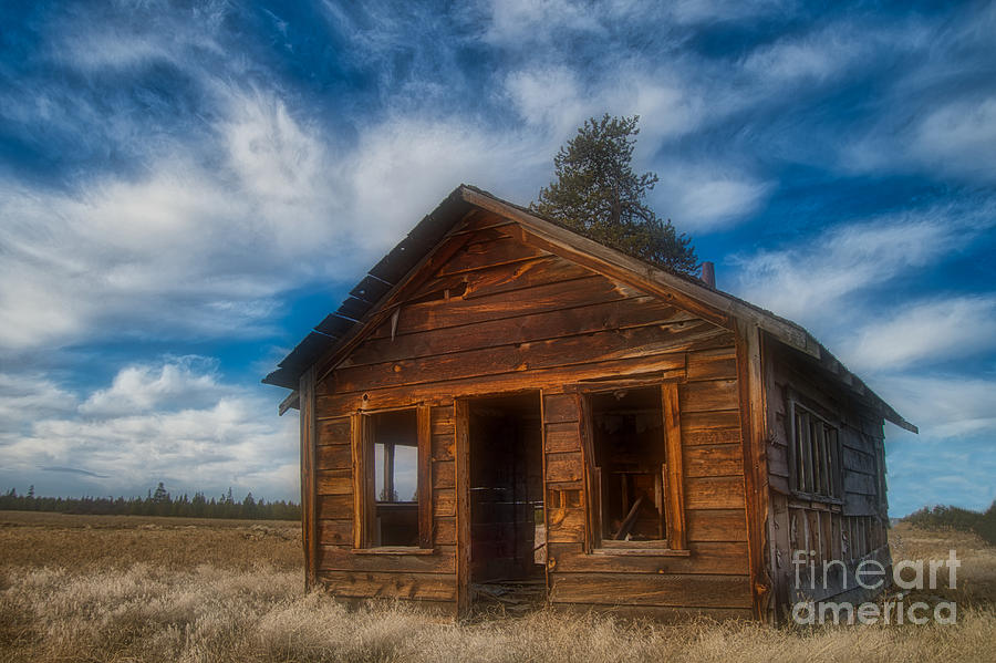 Abandoned La Pine by Stan Townsend