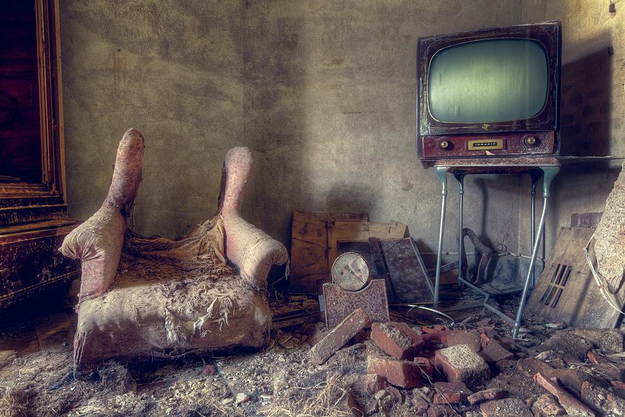 Abandoned TV in Room by Roman Robroek