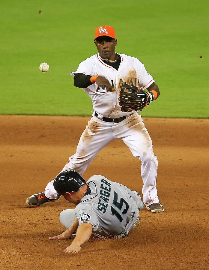 Adeiny Hechavarria and Kyle Seager Photograph by Mike Ehrmann