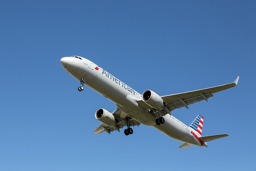 American Airlines Airbus A-321 Neo Photograph