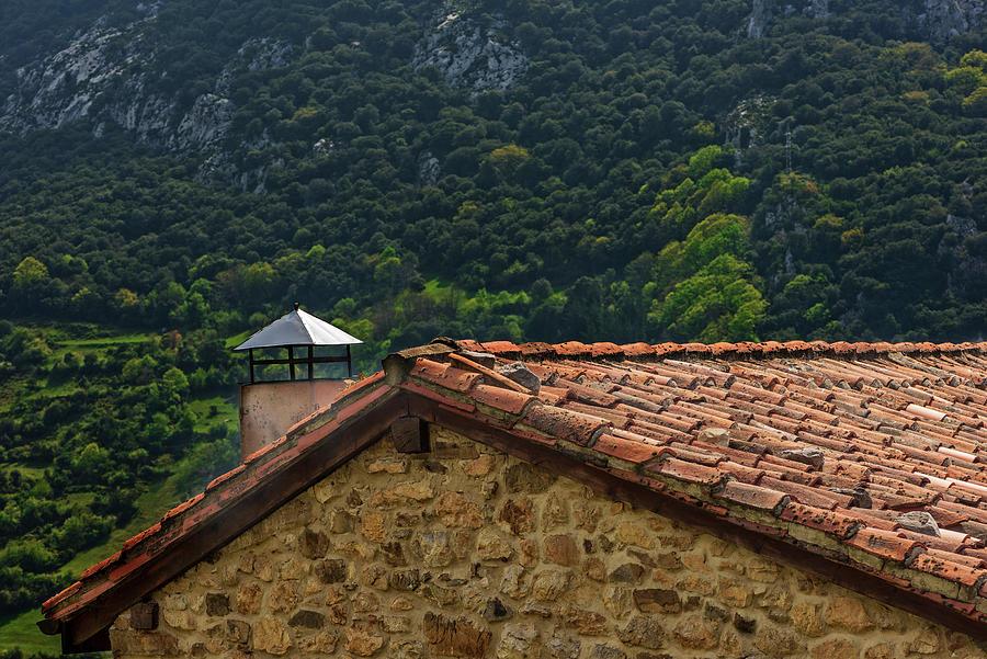 Picos De Europa Photograph - An Old House In The Picos De Europa, Asturias by Vicen Photography