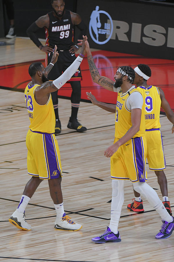 Anthony Davis and Lebron James Photograph by Fernando Medina