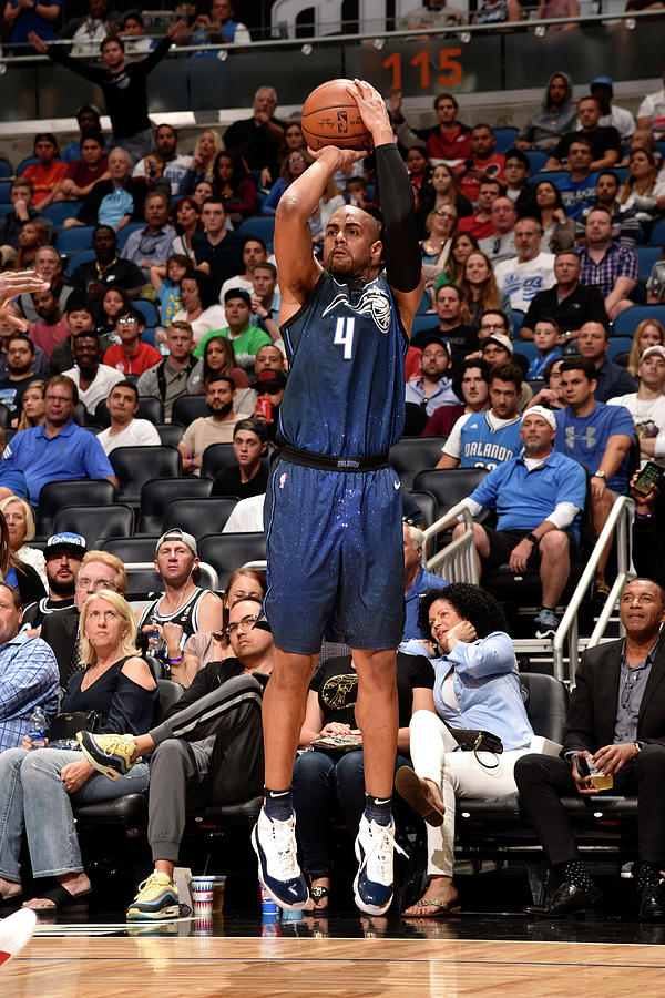 Arron Afflalo Photograph by Gary Bassing