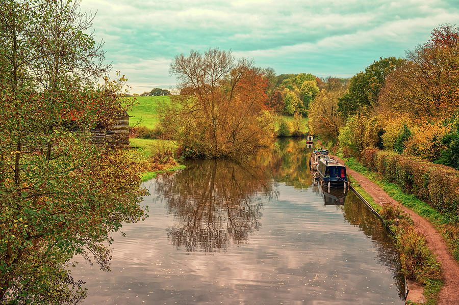 Autumn at Stockers Lock by CHRIS DAY