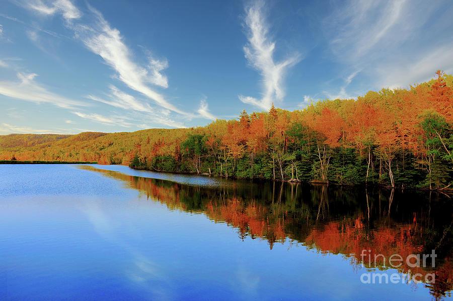 Autumn Splendor On The Lake Photograph
