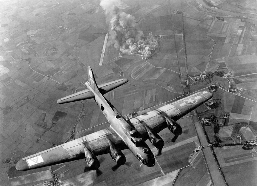 B-17 Bomber Over Germany - Ww2 - 1943 Photograph