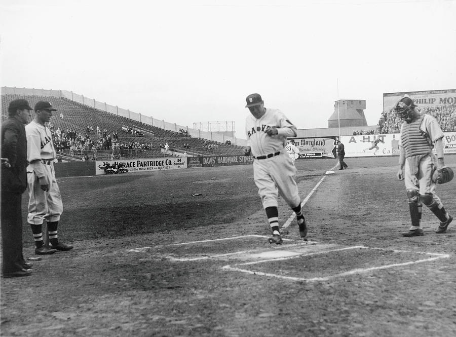 Babe Ruth Photograph by Fpg