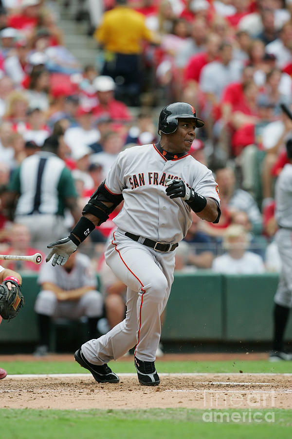 Barry Bonds Photograph by Dilip Vishwanat