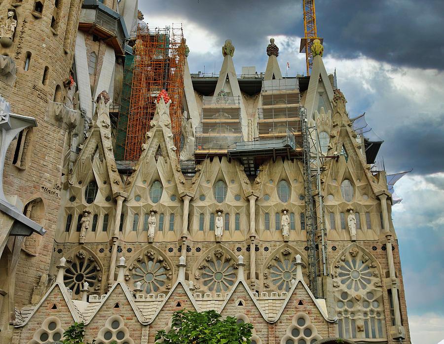 Basilica Temple La Sagrada Familia Barcelona Spain Photograph By Chuck Kuhn