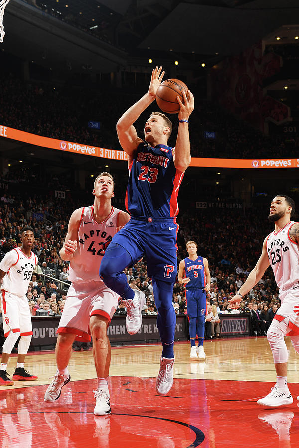 Blake Griffin Photograph by Ron Turenne